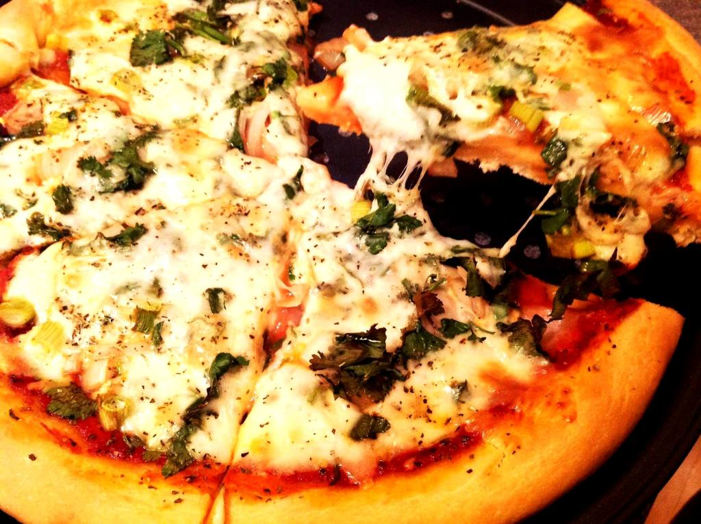 Pizza Recipe, Veg mozzarella cheese pizza