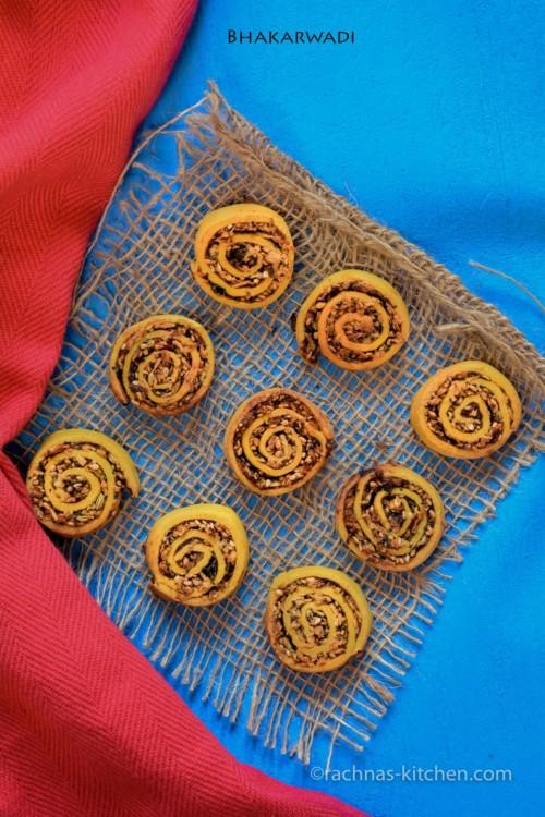 bhakarwadi recipe
