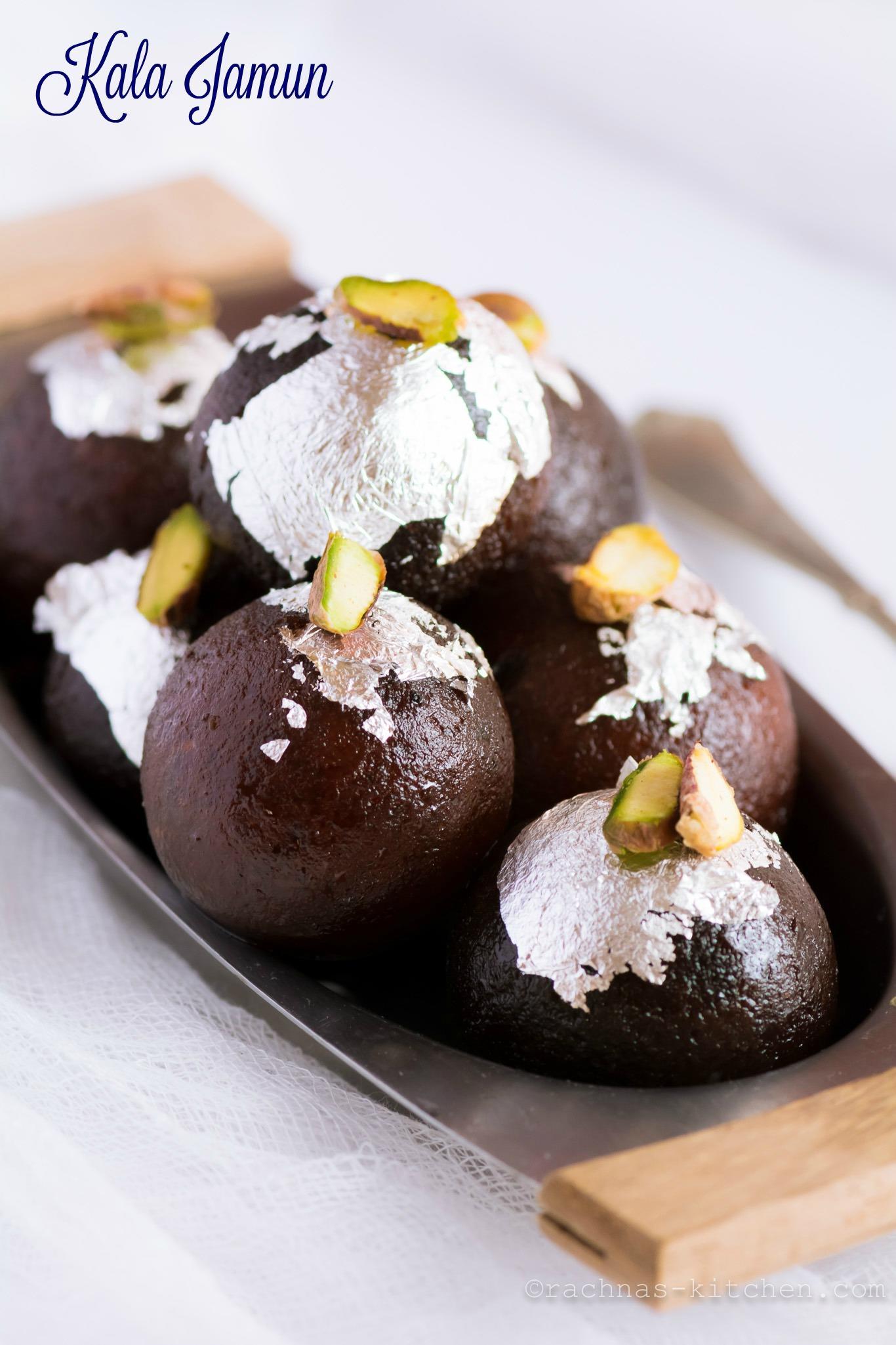 kala Jamun Recipe | Kala jamun recipe with khoya