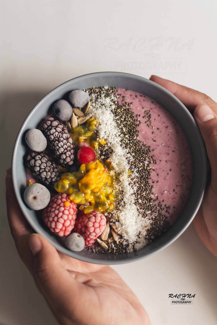 Banana Berry Smoothie Bowl   How to make berry smoothie