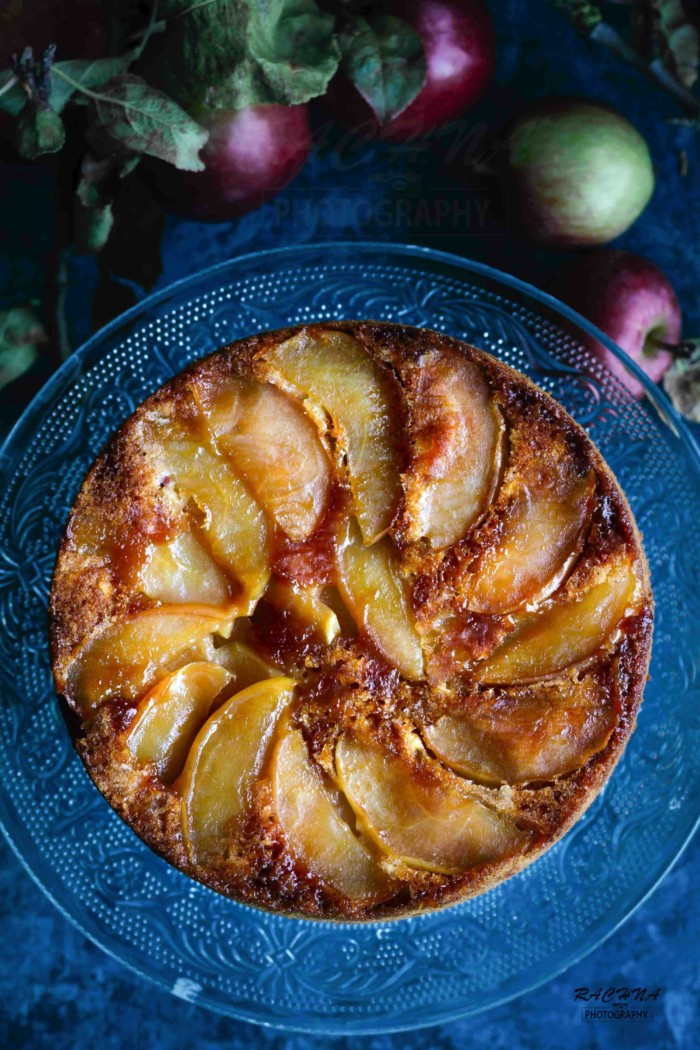Eggless apple upside down cake | eggless apple cake