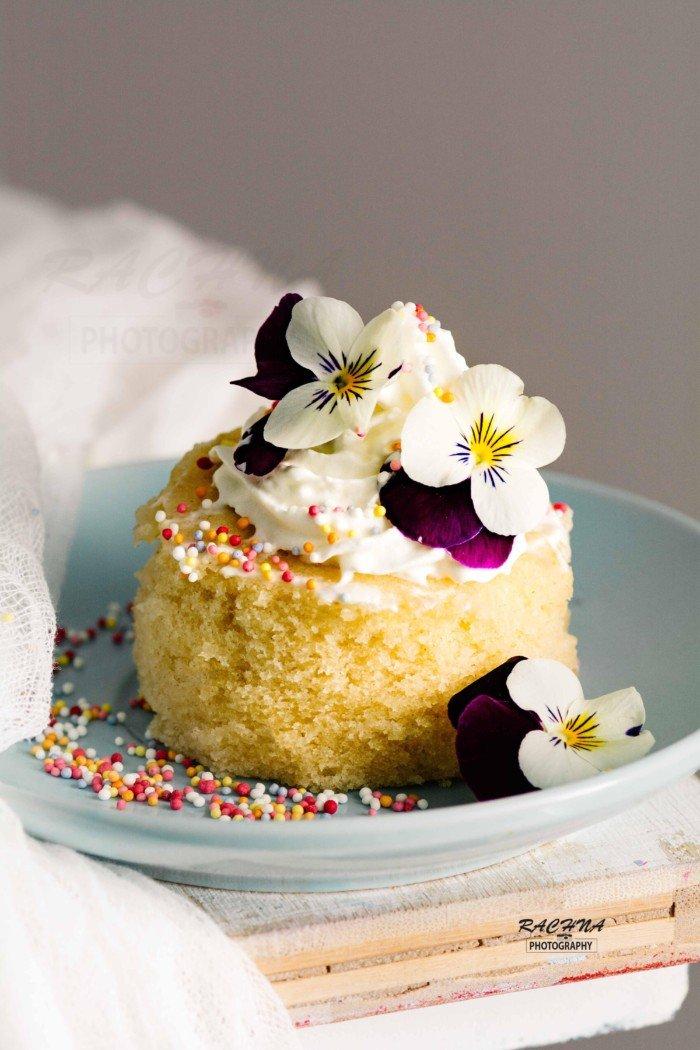 2 Minute Microwave Vanilla Cake Recipe | Eggless Vanilla ...